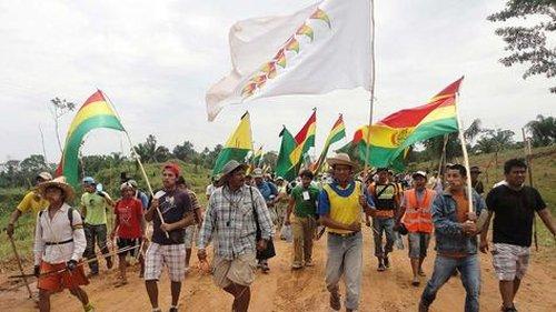 Bolivie : Les communautés indigènes continuent de braver le président