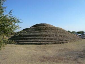 Pyramide circulaire de Guachimontones similaire à celle découverte en Bolivie